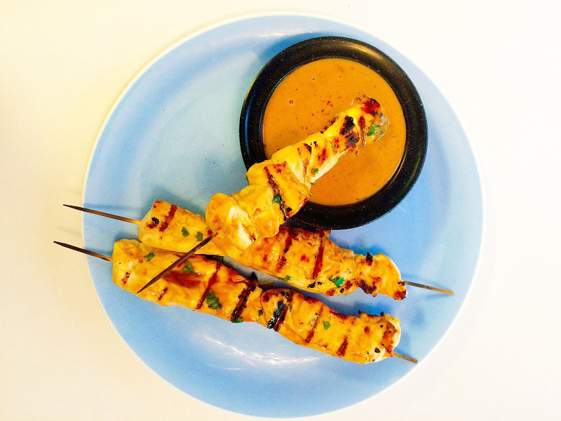 Chicken Kebabs with Peanut Dipping Sauce