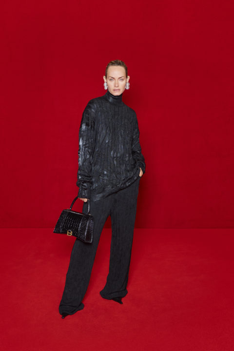 Balenciaga and The Simpsons Red Carpet:Amber Valletta